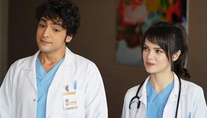 Mucize Doktor'un Nazlı'sı Sinem Ünsal'ın gerçek doktor zannedilmesi!