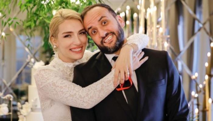 Sunucu Cansu Canan Özgen'in nişanlanması